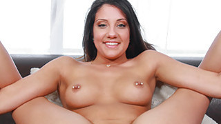 Sexy amazon takes her turn on the casting couch Thumbnail