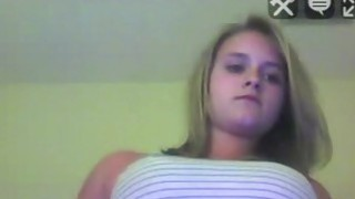 Blonde teen do sexy a show on the webcam, and starting undressing Thumbnail