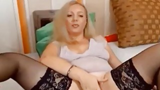 Beauty Blonde Mature Masturbating On webcam