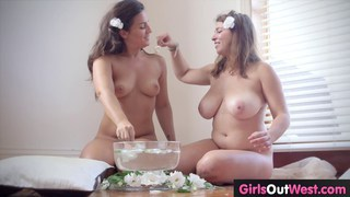 Big tits amateur chick gets banged out good