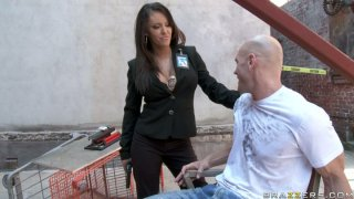 Lustful security officer Jenna Presley giving blowjob to a stranger Thumbnail